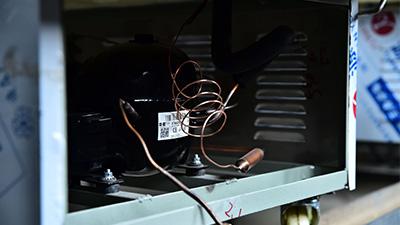 吉远冰棺的水晶棺的组成部件有哪些?