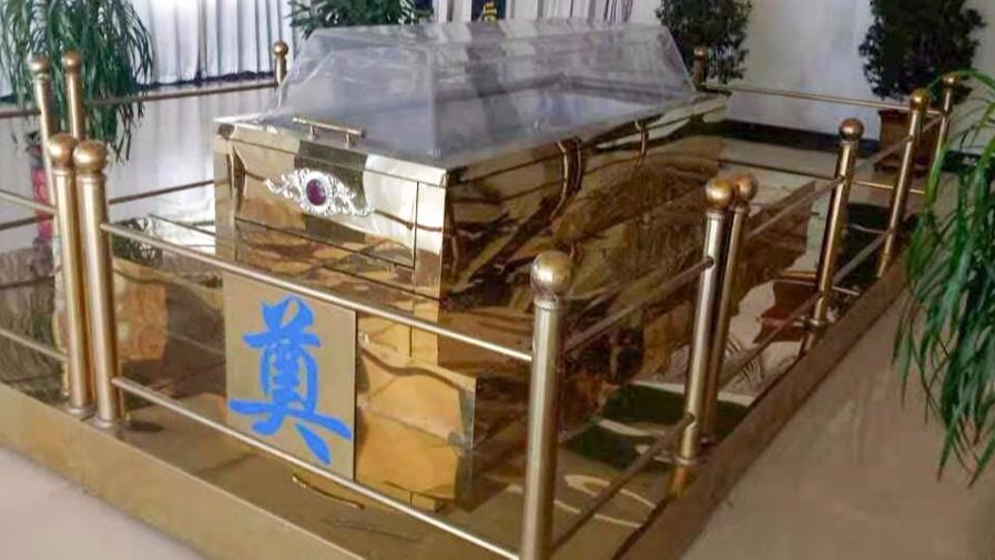 """吉远冰棺告诉您""""瞻仰棺的用途"""" 和水晶棺是一样吗?"""